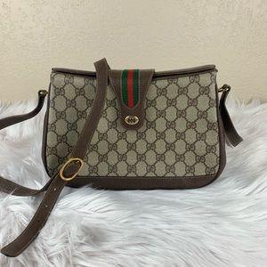 Gucci boxed top crossbody bag